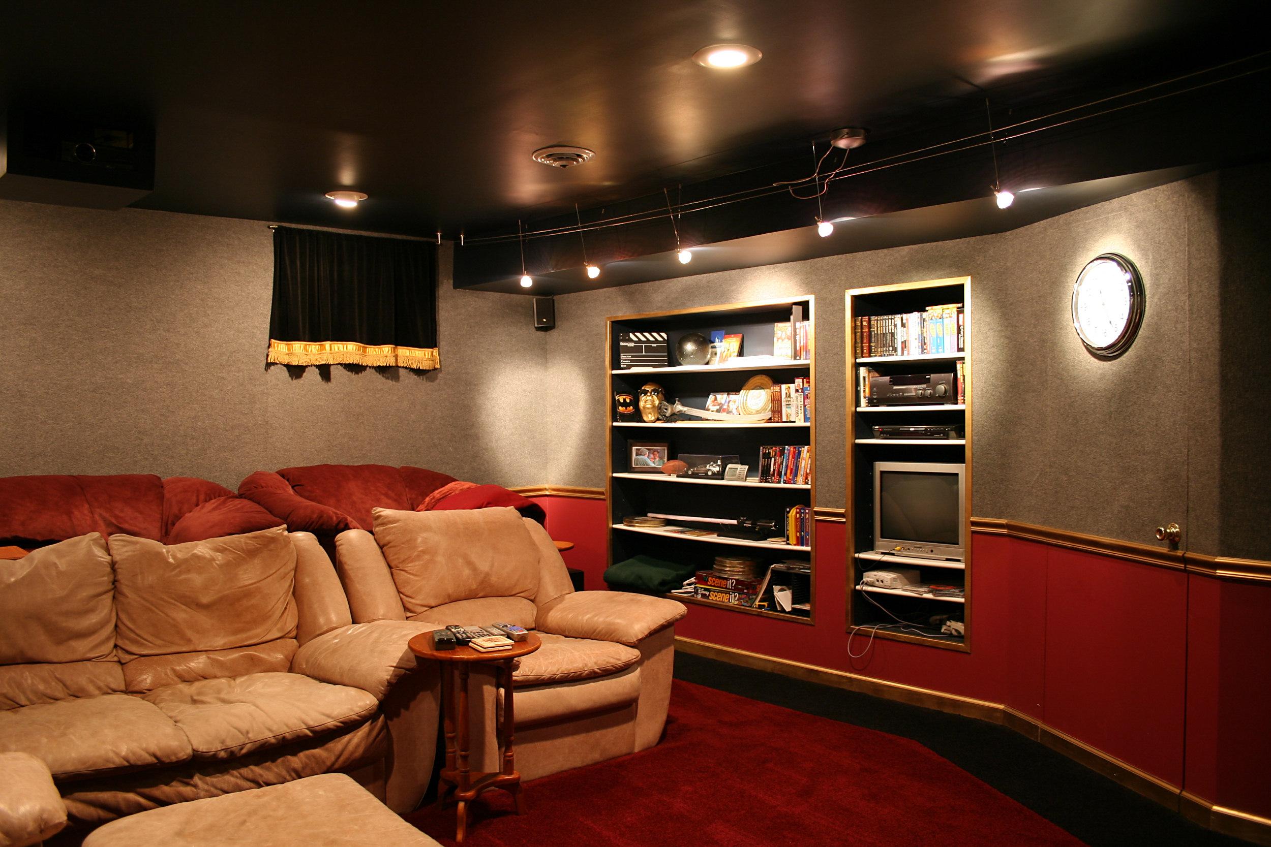 Description Home-theater-tysto2.jpg