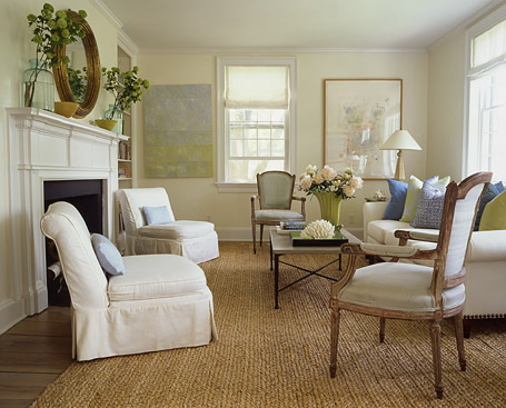 Decorating the Living Room with Shabby Chic Design | HomeDressing
