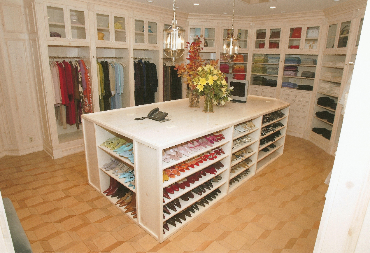 Decorating ideas for dressing room | Room Decorating Ideas