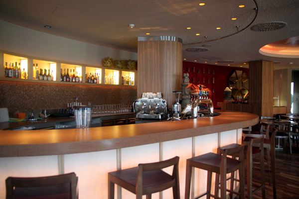 Retro Coffee Bar Interior Design ideas